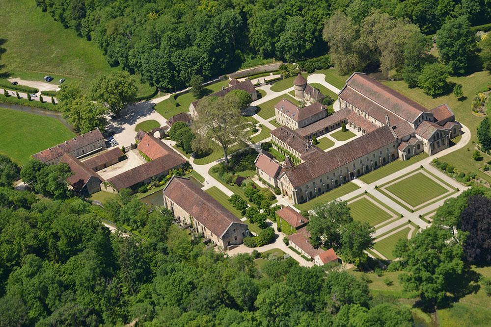 abbaye-de-fontenay-tourisme-chambres-dhotes